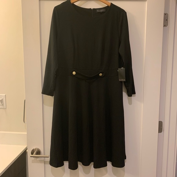 Eloquii Dresses & Skirts - Eloquii Long Sleeved Fit and Flare Dress